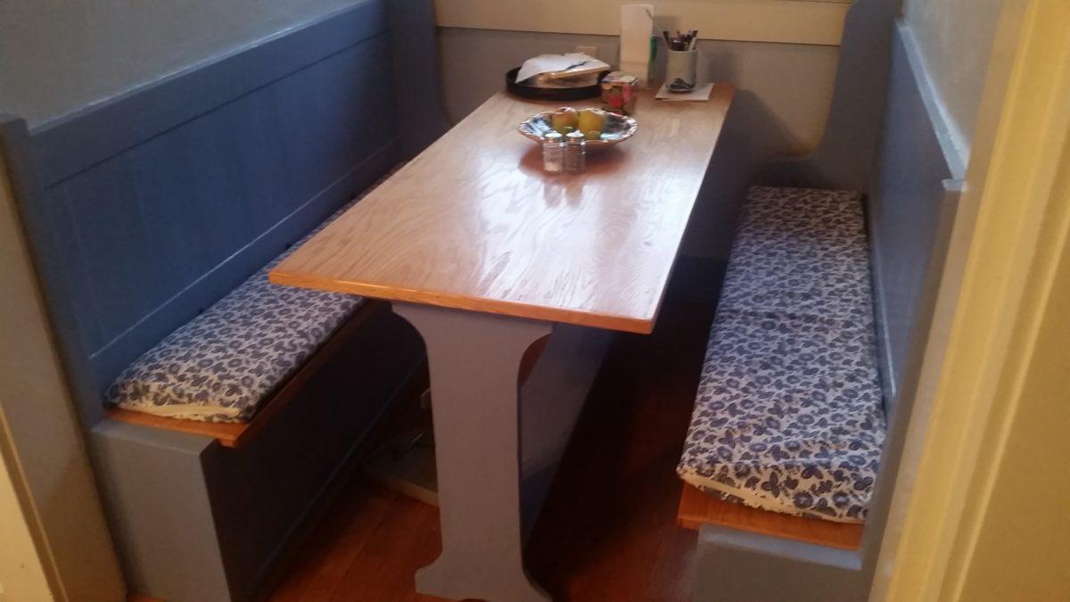 Custom Table Talent Oregon