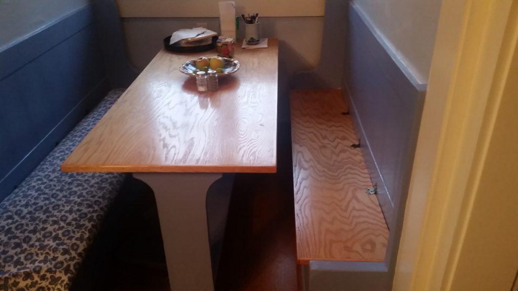 Carpenter Table Handyman Talent Oregon