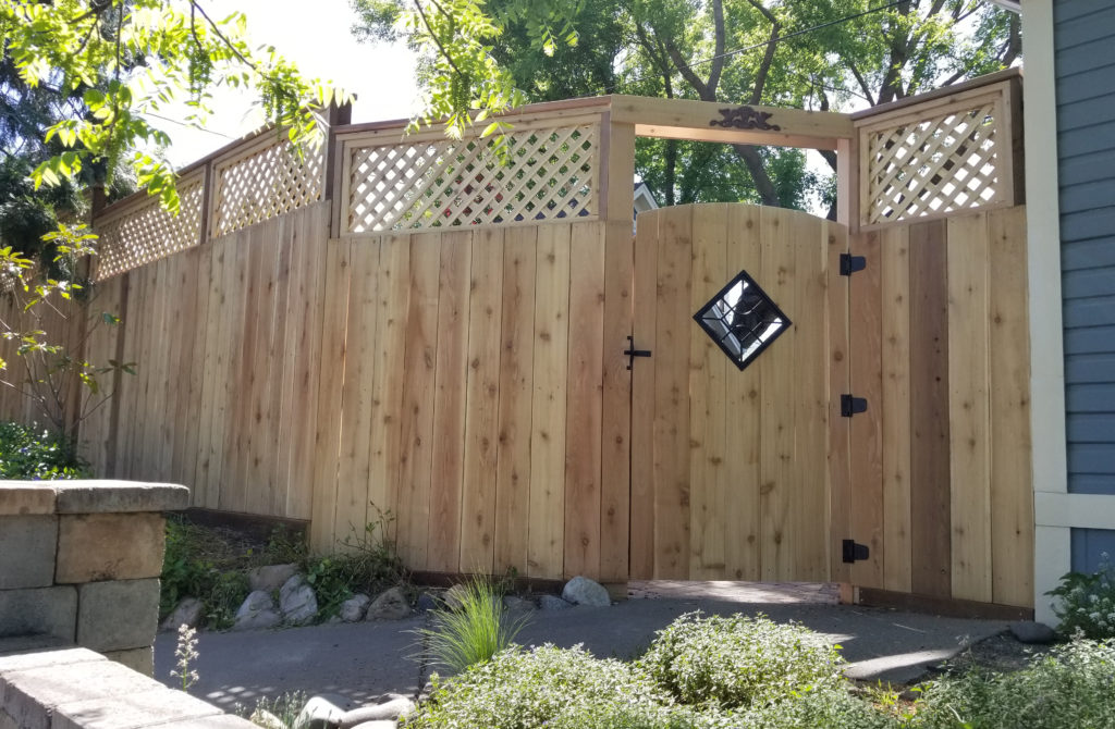 Fence Construction Contractor
